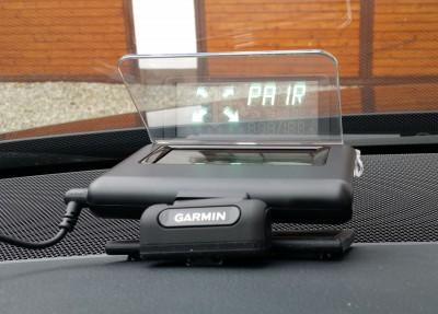 Garmin-HUD-02