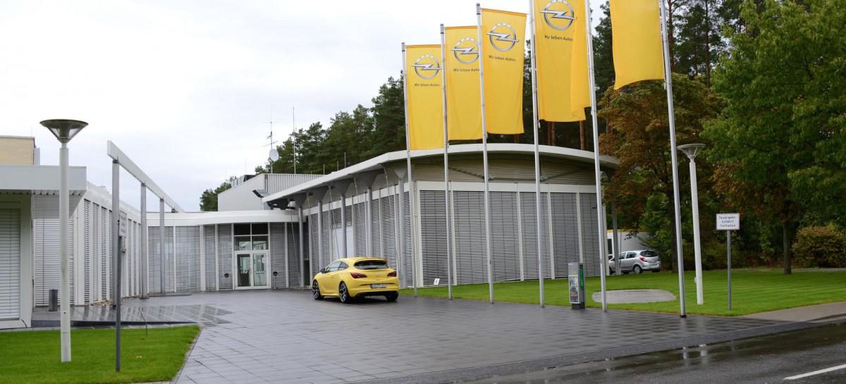 Besuch beim OPC Trainingscenter im Opel Testcenter Dudenhofen