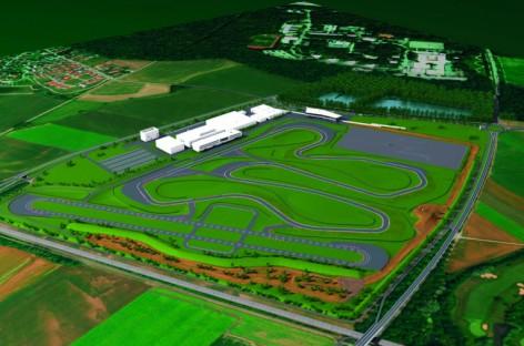 """Audi driving experience center"": Spatenstich in Neuburg"