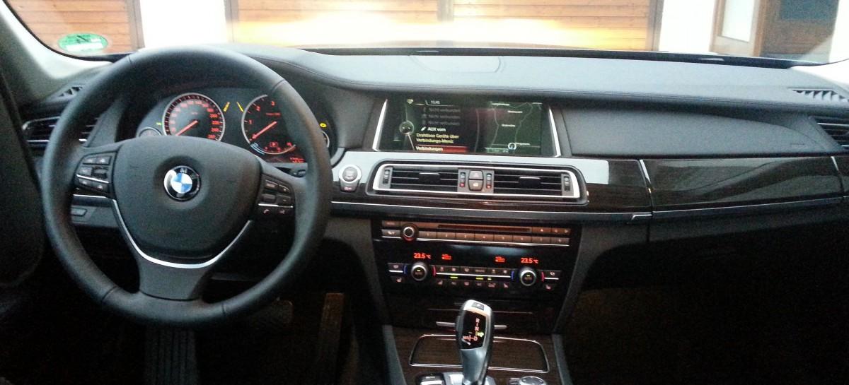 [Tutorial] BMW ConnectedDrive Softwareupdate für das Fahrzeug einspielen