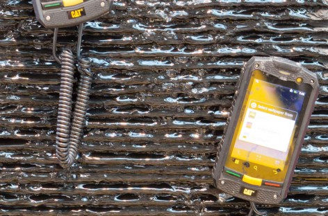 Caterpillar: 2 neue sehr robuste Outdoor Mobiltelefone